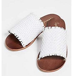 Truth Woven Sandal in White - Splendid